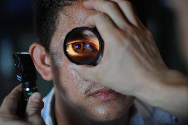 Sinais e sintomas de catarata | Procure sempre um oftalmologista