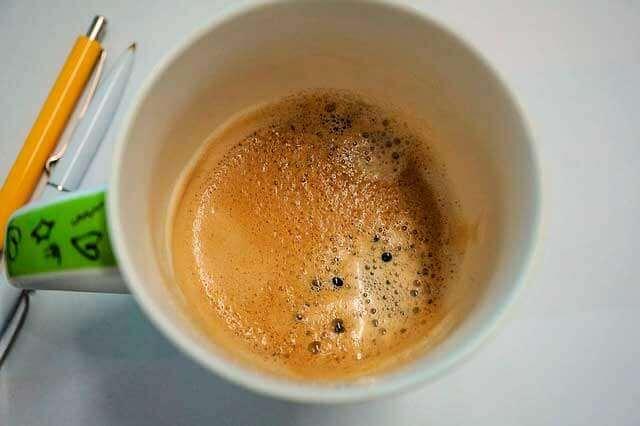 Sintomas da vesícula biliar e cafeína