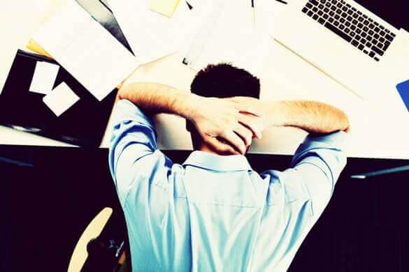 Sintomas de Estresse: efeitos em seu corpo e comportamento