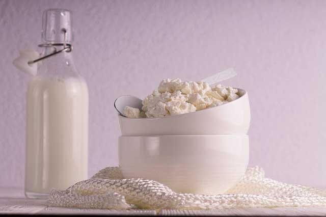 Sintomas de gastroenterite depois de beber leite