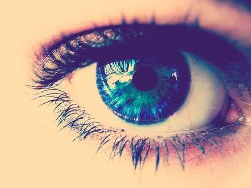 Sintomas de Olho Seco