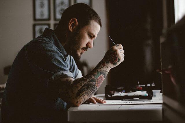 Tatuagem para cobrir as estrias