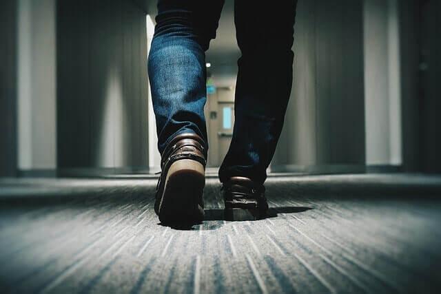Sinais e Sintomas de um Tendão Puxado ao Caminhar