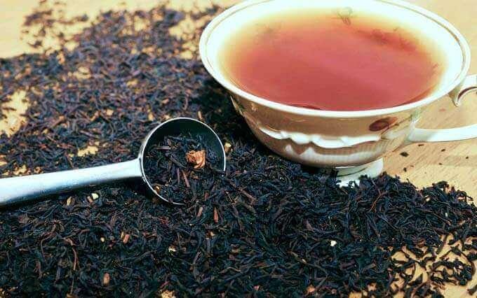 Uma xícara diária de chá pode acalmar o seu coração