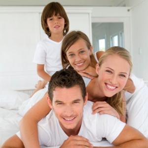 Pais felizes fazem as crian�as felizes