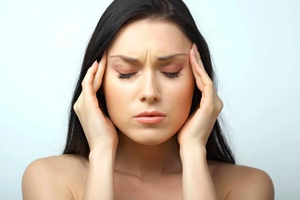 Dor de cabe�a tensional - aperto noa cabe�a